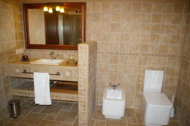 Finca Cas Poble - Bad mit Dusche und Badewanne