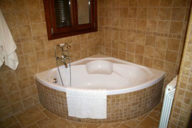 Finca Cas Poble - große Badewanne