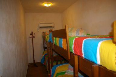 Finca Cas Poble - Schlafzimmer mit 2 Stockbetten
