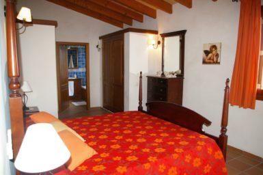 Finca Cas Poble - Schlafzimmer mit Bad en Suite