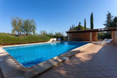 Finca Can Gall - Pool mit überdachter Terrasse