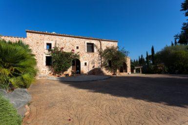 Finca Can Gall - Terrasse vorm dem Haus