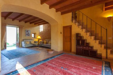 Finca Can Gall - Wohnbereich und Treppenaufgang