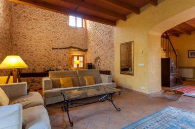 Finca Can Gall - gemütliche Couch