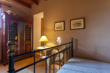 Finca Can Gall - Durchgang zum Bad