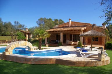 Finca Can Ravell - Finca mit Pool