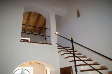 Aufgang ins Obergeschoss