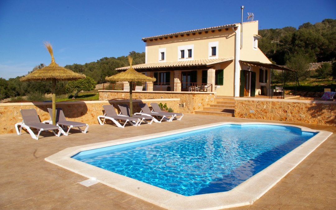 Finca Mallorca mit schöner Aussicht und Pool