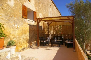 Finca Hortella - Terrasse vor der Finca