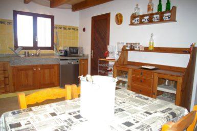 Finca Hortella - Küche mit Spülmaschine