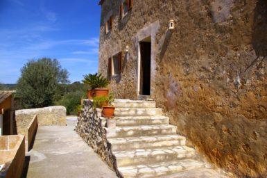 Finca Hortella - Eingangstreppe
