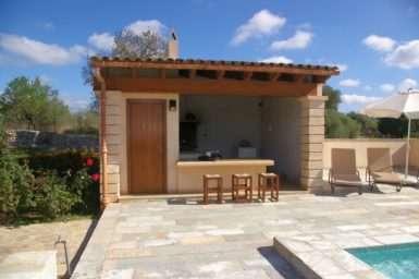 Finca Manolo - Grillhaus mit Außenbad