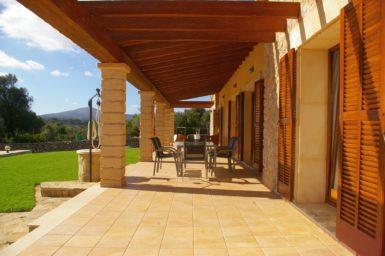 Finca Manolo - Terrasse mit Überdachung