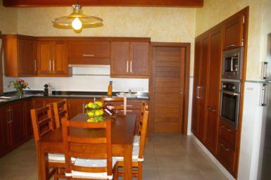 Finca Manolo - Küche mit Essplatz
