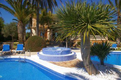 Palmengarten mit Whirlpool