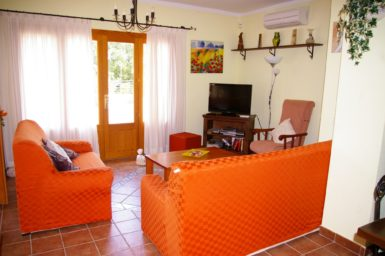 Finca Sa Taulada - Wohnbereich mit Sat-TV