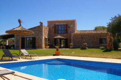 Finca Mallorca Son Cosina mit Blick auf Santanyi