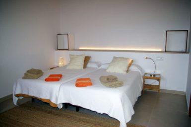 Schlafzimmer im OG mit Bad en Suite