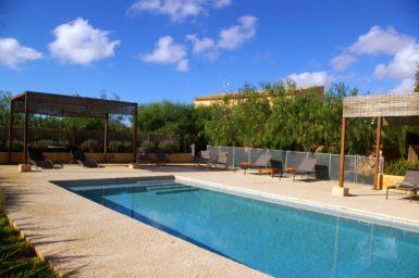 Finca mit Pool für 12 Personen