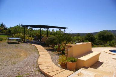 Finca Sa Bassa Seca - Weg zu einer weiteren Terrasse