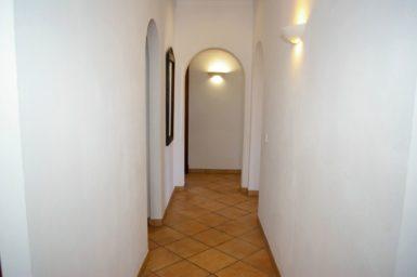 Finca Sa Bassa Seca - Gang zum Gäste WC