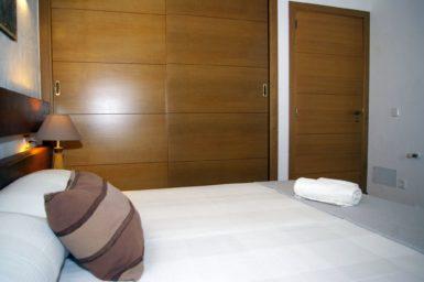 Finca Ses Donardes - Schlafzimmer mit Einbauschrank