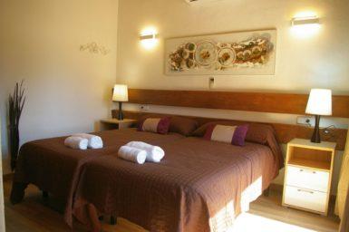 Finca Ses Donardes - Schlafzimmer mit Bad en Suite
