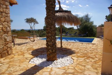 Finca Ses Donardes - Terrasse mit Meerblick