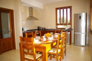 Küche mit Essplatz Finca Romani