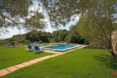 Finca Mallorca für 12 Personen zu mieten