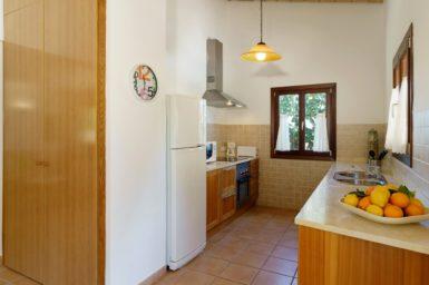 Finca Can Cristet - Küche mit Spülmaschine