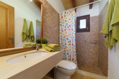 Finca Can Cristet - Bad mit Dusche