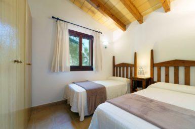 Finca Can Cristet - Schlafzimmer mit Einzelbetten