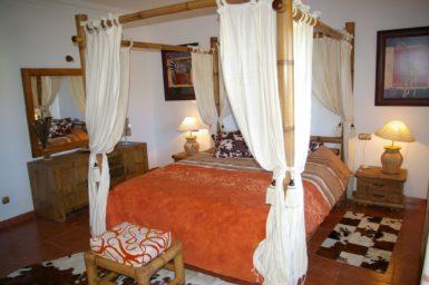 Schlafzimmer mit im Erdgeschoss