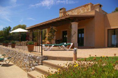 Finca El Cel - überdachte Terrasse