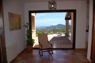 Finca El Cel - Eingangsbereich mit Panoramafenster