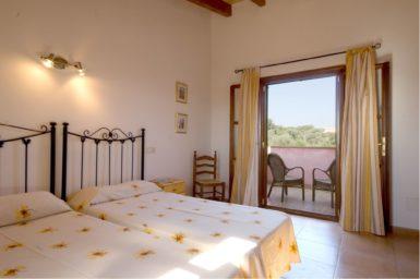 Finca Es Corto - Schlafzimmer mit Terrasse