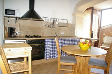 Küche mit Essplatz Finca Es Garrigo