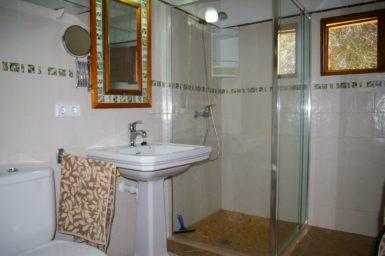 Bad mit Dusche Finca Es Garrigo