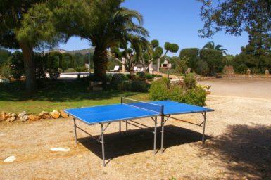 Tischtennisplatte im Garten Finca Es Garrigo