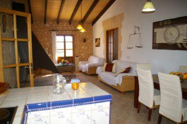 Gemütlicher Innenbereich der Finca Los Geranios
