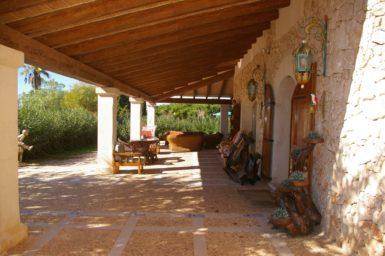 Finca Na Pont - Terrasse mit Außenmöbel