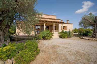 Finca Rustica - mit schönen Garten