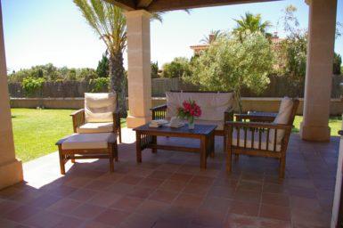 Finca S'Hort - Terrasse mit Sitzmöbel