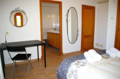 Finca S'Hort - Schlafzimmer mit Doppelbett