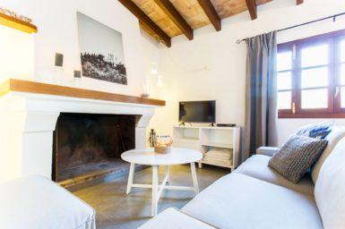 Finca Sa Clova - Wohnbereich mit Sat-TV