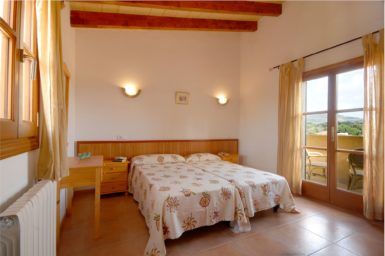 Finca Sa Fonteta - Schlafzimmer mit Balkon