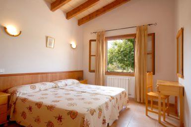 Finca Sa Fonteta - Schlafzimmer mit Doppelbett