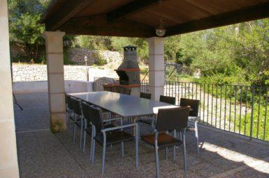 Finca Son Capellet - Essplatz mit Außengrill