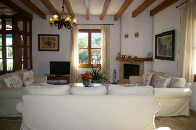 Finca Son Capellet - Wohnbereich mit Sat-TV
